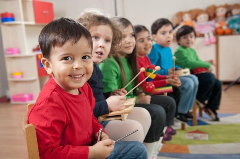 Vai trò của phương pháp trị liệu âm nhạc cho trẻ tự kỷ
