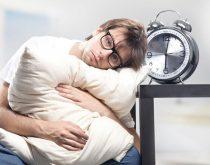 Bị rối loạn giấc ngủ nên ăn gì và kiêng gì
