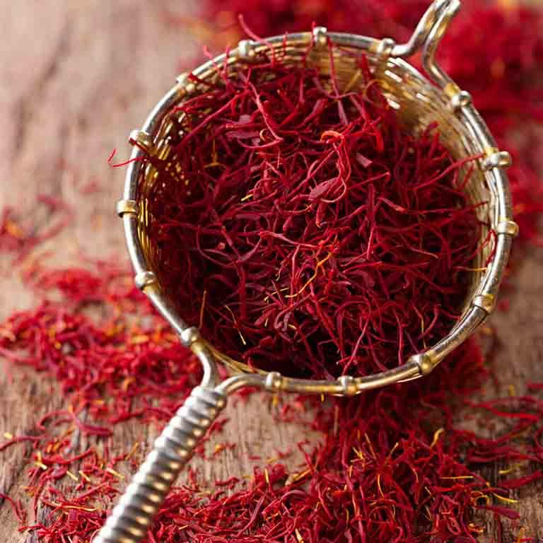 dùng nhụy hoa nghệ tây (Saffron) chữa mất ngủ