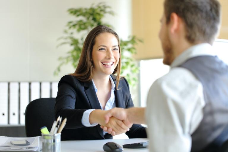 Mẹo giúp giảm căng thẳng, hồi hộp trước khi phỏng vấn