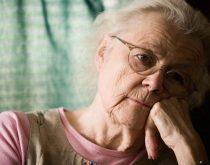 Suy nhược cơ thể người già