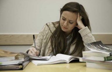 stress ở sinh viên