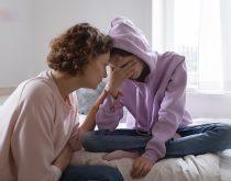 Khi nào cần đưa trẻ đi khám tâm lý